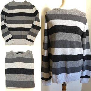 IZOD Men's Crew Neck Heavy Knit Striped Sweater XL